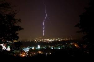 Jons Lightning Pic E1419305872378