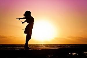 Woman Sunrise E1419114240878
